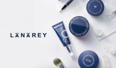 「崩せない人」の為のメイクアップ LANAREYのセールをチェック