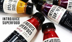 INTROJUICE SUPERFOOD -Natural Smoothie-(イントロジュース)のセールをチェック