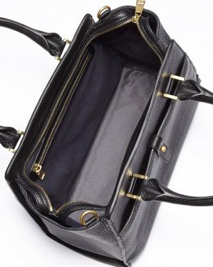 Black Faldaストラップ付きハンドバッグ|WOMEN見る
