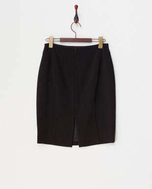 ブラック ブラックピンストライプ トリアセテートタイトスカートを見る