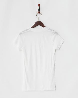 オフホワイト VネックTシャツを見る