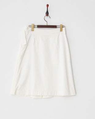 アイボリー コーデュロイラップデザインスカートを見る