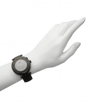 シルバー×ブラック 腕時計 RM002-0055ST見る