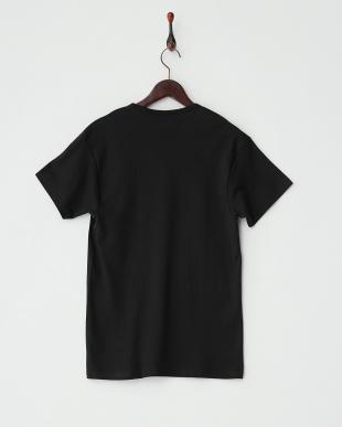 ブラック VネックTシャツ見る