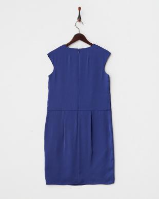 ブルー サテン調タックドレス COUTURE MAISON見る