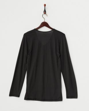 ブラック 薄くて暖かい 吸湿発熱 Vネック長袖シャツを見る