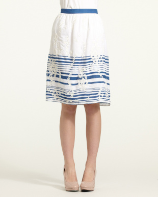 ivoire ivoire刺繍×ボーダースカートを見る