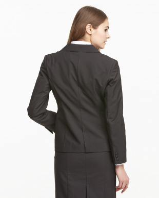 ブラック 背抜きジャケットを見る