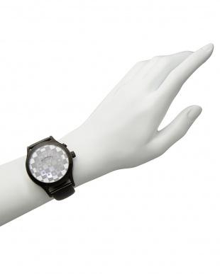 ブラック×ホワイト 腕時計 RM052-0314ST Fashioncode│UNISEX見る