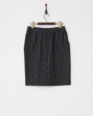 ブラック ストライプドロストタイトスカートを見る