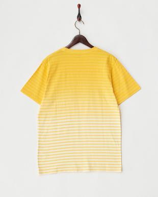 YELLOW ボーダーグラデーションクルーネックTシャツを見る