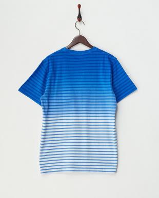 BLUE ボーダーグラデーションクルーネックTシャツ見る