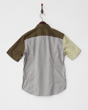 オリーブ レギュラーカラー切り替え半袖シャツを見る