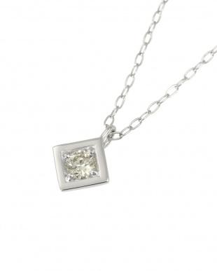 Pt 天然ダイヤモンド 0.08ct オールプラチナ ネックレス・菱形を見る