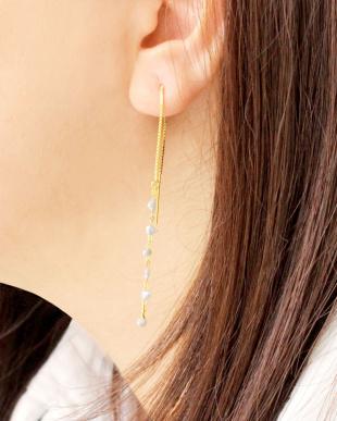 ゴールドカラー あこやケシ真珠 6Pケシ ヨーロピアンピアスを見る