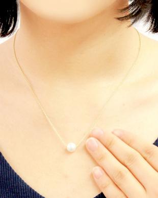 ゴールドカラー あこや本真珠 大玉8~8.5mm 一粒スルーネックレスを見る