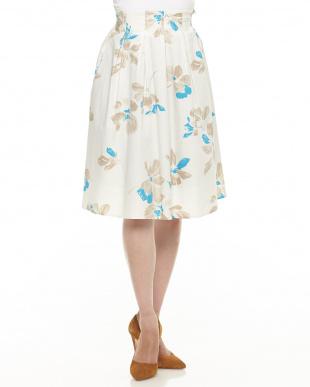 オフホワイト フラワープリント フレアースカートを見る