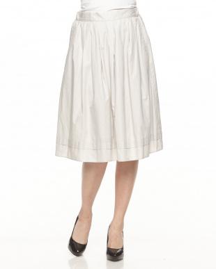 グレー ウラコーティングタックギャザースカートを見る