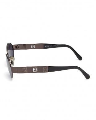 ブロンズ デザインテンプルサングラスを見る