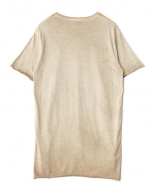 ベージュ 前後切り替えTシャツを見る