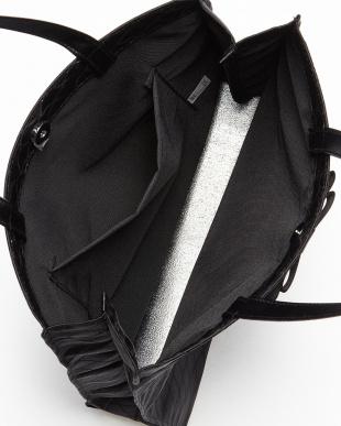 ブラック リボン付きサブトートバッグ見る