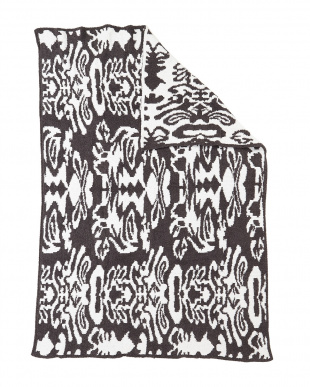 SLATE/WHITE THROW DAMASK PATTERNED ブランケット見る