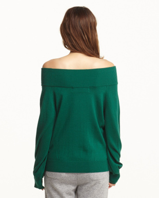 GREEN OFF SHOULDER KNITを見る