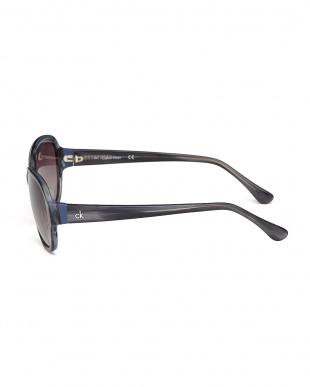 ストライプトグレー ck4305 オーバルサングラスを見る