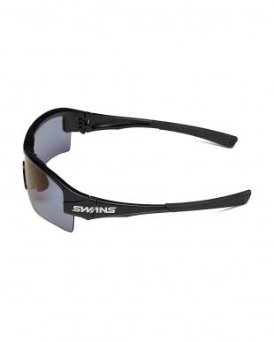 ブラック×ブラック×ブラック/偏光アイスブルー ブラック SWANS 偏光アイスブルー スポーツサングラスを見る