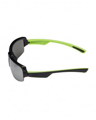 ブラック×ブラック×ライムグリーン/シルバーミラー×スモーク ブラック×ライムグリーン DAY OFF ミラーサングラス|UNISEXを見る