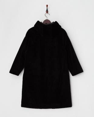 ブラック 配色トリムポケット フード付きムートンコートを見る