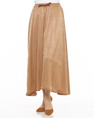 CAMEL 微光沢ロング丈スカート見る