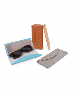 yellow QP FOLDABLE GLASSES CASEを見る