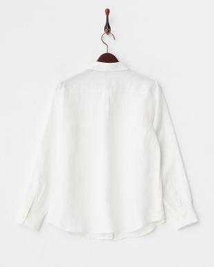 オフホワイト フレンチリネン2WAYボタンシャツを見る