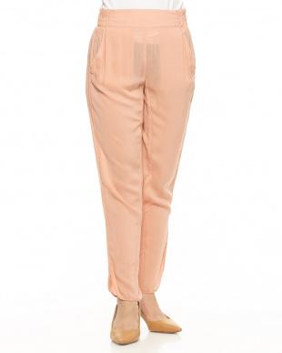 732 ピンクベージュ 裾スリットレーヨンイージーパンツを見る