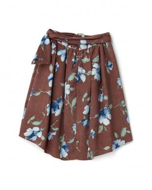 ブラウン 共ベルト付ストレッチスエード花柄フレアスカートを見る