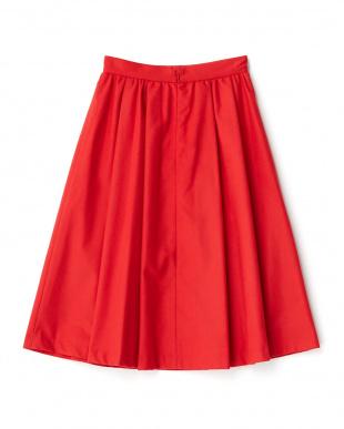 レッド 無地ギャザーミディ丈スカートを見る