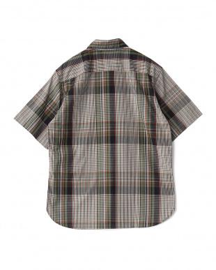 オリーブ ビッグチェックレギュラーカラーダストマンショートスリーブシャツを見る
