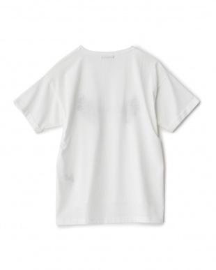 シロ RESOLVEプリント刺繍Tシャツ見る