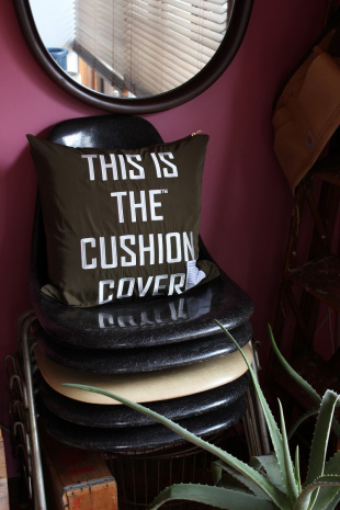 KH THIS IS THE_GEAR [ CUSHION COVER ]45×45見る