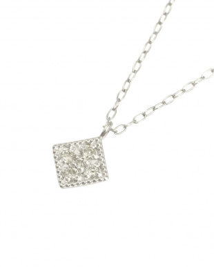 Pt 天然ダイヤモンド 5石 プラチナ ネックレス・菱形を見る
