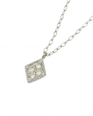 Pt 天然ダイヤモンド 4石 プラチナ ネックレス・長菱形を見る