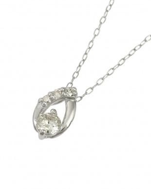 Pt 天然ダイヤモンド計0.2ct プラチナ オーバルデザイン ネックレスを見る