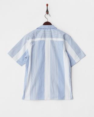 ホワイト ストライプオープンカラーシャツを見る