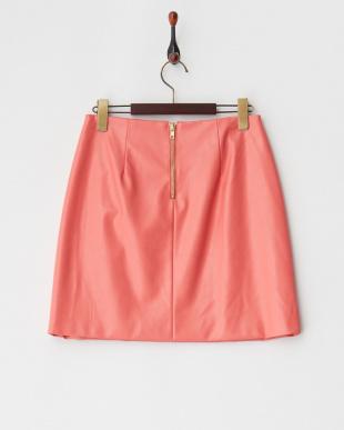 ピンク フェイクレザータイトスカート見る
