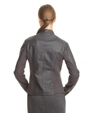 グレー スタンド衿 イタリアンフィットラムジャケットを見る