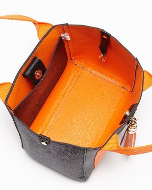 メイサイオレンジ 迷彩×オレンジ タッセル付きトートバッグ|WOMEN見る