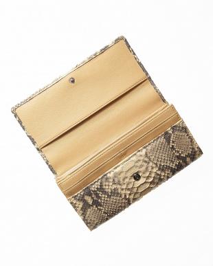 キャメル ダイヤモンドパイソンかぶせ式長財布を見る