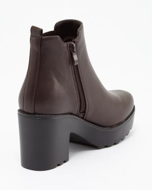 ブラウン サイドゴア厚底ブーツを見る