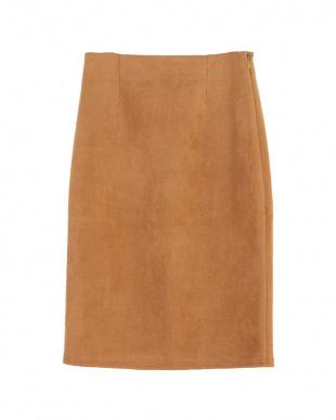 キャメル フェイクスエードタイトスカートを見る